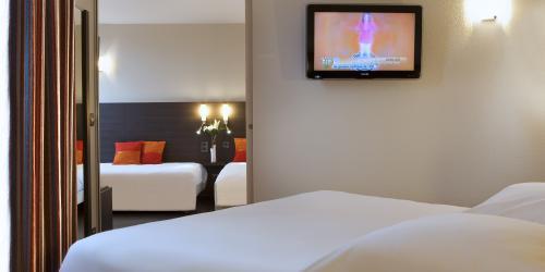 Hotel 3 etoiles Nantes Escale Oceania - Chambre Famille.jpg