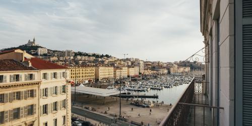 Hotel Marseille Escale Oceania 3 etoiles - Hotel Vue Vieux Port Marseille.jpg