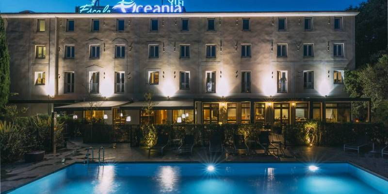Hotel Escale Oceania Aix en Provence 3*