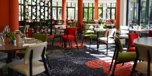 Hotel 4 etoiles Oceania Nantes Aéroport - Restaurant.jpg