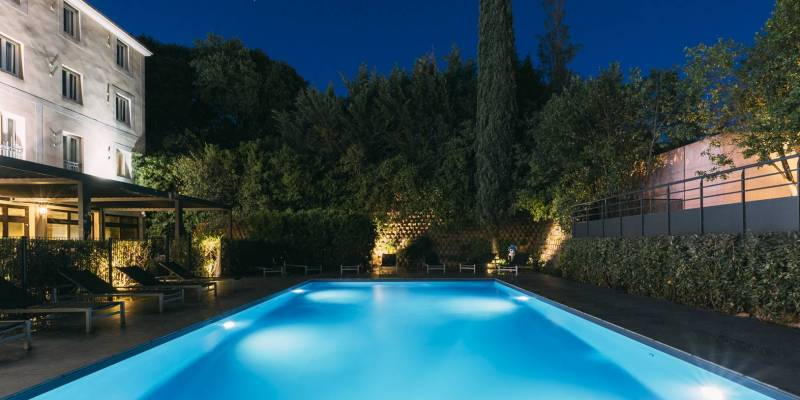 Hotel Escale Oceania Aix en Provence - Swimming Pool