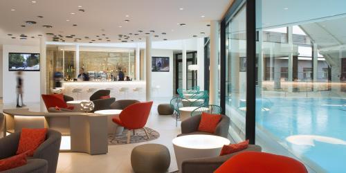 - Hôtel 4 étoiles Oceania Paris Roissy aéroport CDG (9).jpg
