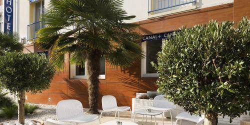 Terrasse - Hotel Escale Oceania Lorient 3 etoiles.jpg