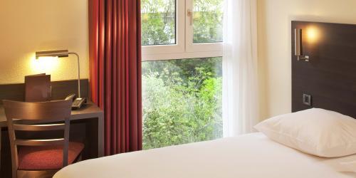 Hotel-3-etoiles-biarritz-escale-oceania-Chambre-Confort-vue-jardin.jpg