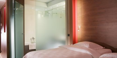 Chambre Plaisance Twin - Hôtel Oceania Saint-Malo 4 étoiles-min.jpg