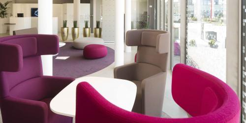 Espace coworking - Hotel 4 etoiles Oceania rennes  (2).jpg