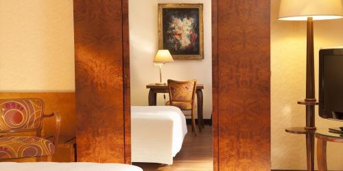 Chambre Supérieure - Hôtel Le Continental Brest 4 étoiles (1).jpg