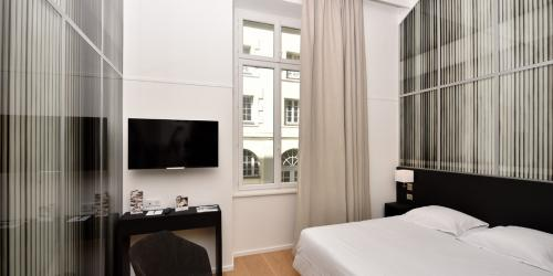 oceania-hotel-de-france-nantes-chambre-107-justin-weiler-vue.jpg