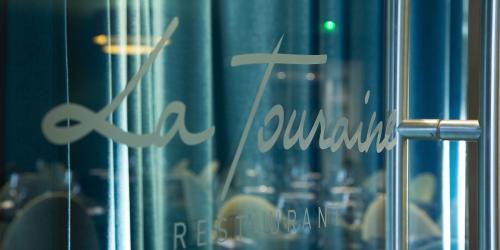 Restaurant - Hotel Oceania 4 etoiles Univers Tours (2).jpg