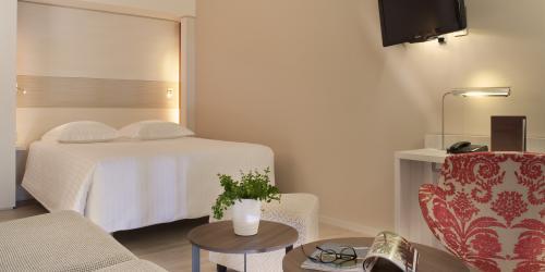 Chambre - Hotel Oceania Clermont ferrand 4 etoiles (10).jpg