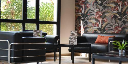 Hotel 4 etoiles Oceania Nantes Aéroport - Lobby.jpg