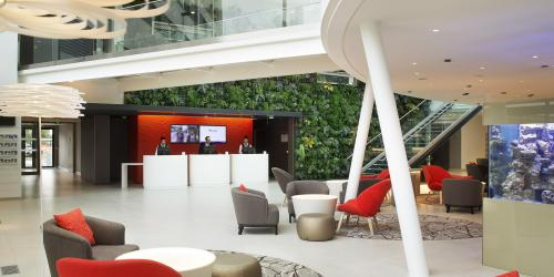reception - Hôtel 4 étoiles Oceania Paris Roissy aéroport CDG.jpg