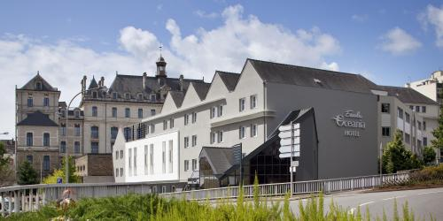 Hôtel Escale Oceania Vannes 3 étoiles - Façade jour.jpg