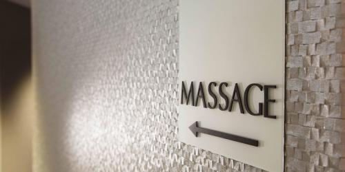 Massages-Hotel-Oceania-Clermont-ferrand-4-etoiles.jpg