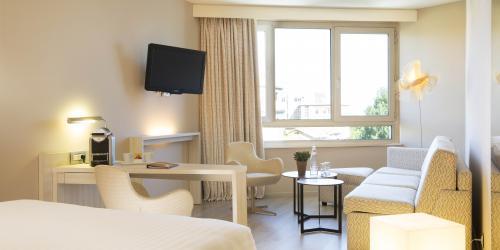Chambre - Hotel Oceania Clermont ferrand 4 etoiles (18).jpg
