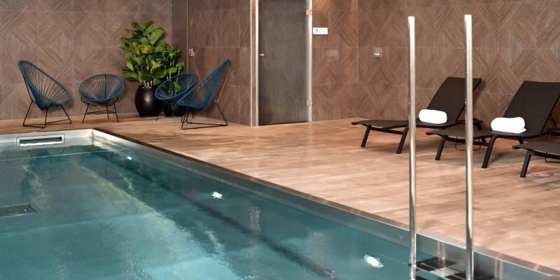 Oceania Hotels - Piscine Hôtel Oceania St Malo 4*