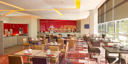 petit dejeuner - Hotel Oceania Clermont ferrand 4 etoiles.jpg