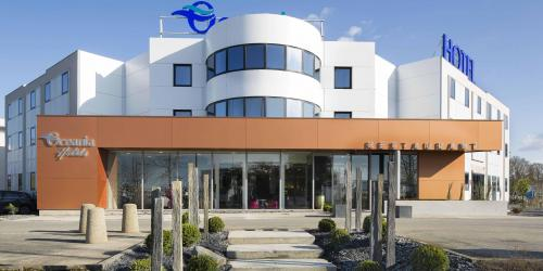 Facade - Hotel 4 etoiles Oceania rennes.jpg