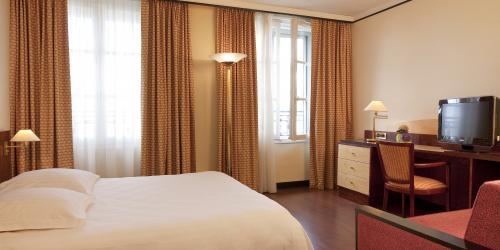Chambre Supérieure Double - Hôtel Le Continental Brest 4 étoiles-min.jpg