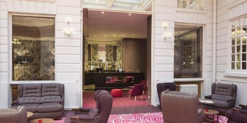 Hotel 4 étoiles Nantes Oceania Hôtel de France -  Hall et bar.jpg