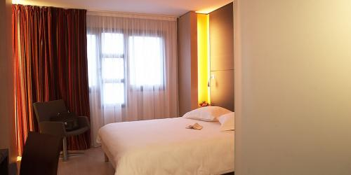 Hotel 4 etoiles Oceania Nantes Aéroport - Chambre Confort double.jpg