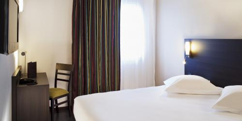 Hôtel Escale Oceania Vannes 3 étoiles - Chambre Confort.jpg