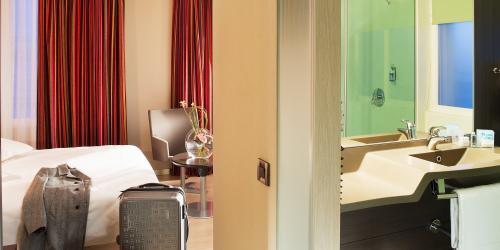 Salle de bain - Hotel 4 etoiles Oceania Brest Centre (3).jpg