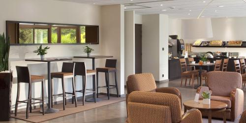 Hotel 3 etoiles Nantes Escale Oceania - Petit déjeuner.jpg
