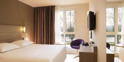 Hotel 3 étoiles Orléans Escale Oceania - Chambre-Confort avec vue sur la Loire.jpg