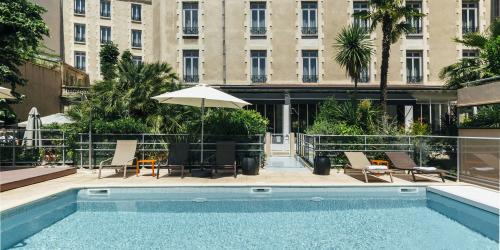 Hotel Oceania Le Metrople Montpellier - Hotel Spa 4 etoiles Montpellier avec Piscine.jpg
