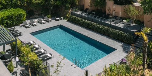 Hotel Escale Oceania Aix en Provence - Hotel 3 etoiles Aix terrasse (7).jpg