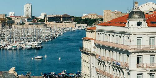 Hotel Marseille Escale Oceania 3 etoiles - Hotel Sur le Vieux Port Marseille.jpg