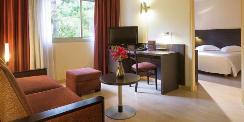 Hotel-Oceania-Quimper-4-etoiles---chambre.jpg