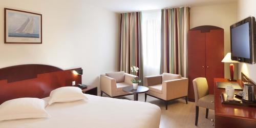 Hotel 4 etoiles Oceania Amiraute Brest - chambre (4).jpg