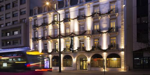 hotel-4-etoiles-dijon-oceania-le-jura-façade-rue.jpg