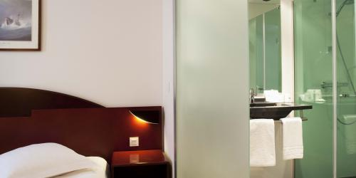 Hotel 4 etoiles Oceania Amiraute Brest - chambre (5).jpg