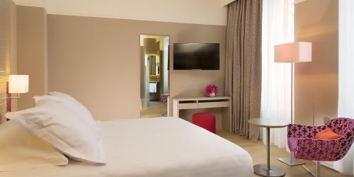 Hotel 4 étoiles Nantes Oceania Hôtel de France -  Chambre Confort Double.jpg