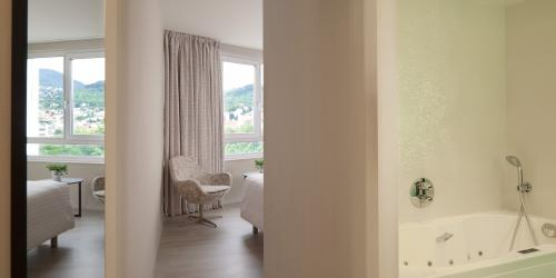 Chambre - Hotel Oceania Clermont ferrand 4 etoiles (14).jpg