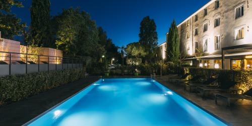 Hotel Escale Oceania Aix en Provence - Hotel 3 etoiles Aix terrasse (15).jpg
