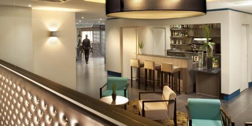 Hotel Escale Oceania Quimper 3 étoiles - Bar.jpg