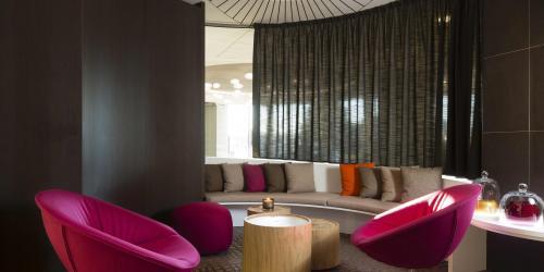 Espace coworking - Hotel 4 etoiles Oceania rennes  (4).jpg