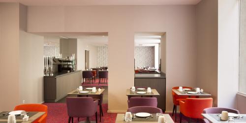 Hotel 4 étoiles Nantes Oceania Hôtel de France -  Salle petit déjeuner.jpg