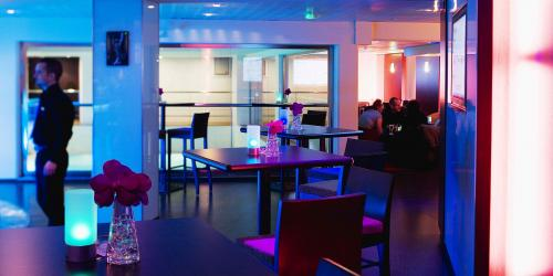 Hotel-Oceania-Paris-Porte-de-Versailles-4-étoiles-(4).jpg