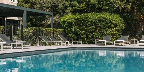 Hotel 3 etoiles Aix en Provence - Hotel Escale Oceania piscine.jpg