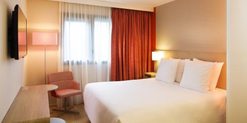 chbre_confort - Hôtel 4 étoiles Oceania Paris Roissy aéroport CDG (1).jpg