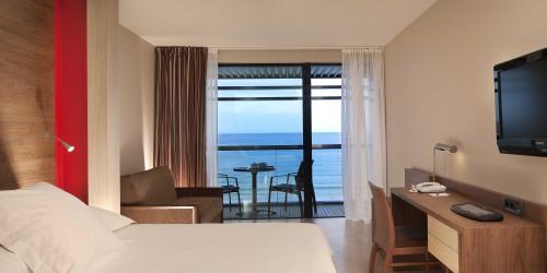 Chambre Prestige - Hôtel Oceania Saint-Malo 4 étoiles (1).jpg