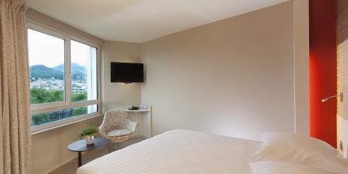 Chambre - Hotel Oceania Clermont ferrand 4 etoiles (15).jpg