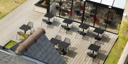 Hotel 3 etoiles Escale Oceania Saint Malo - jardin (1).jpg
