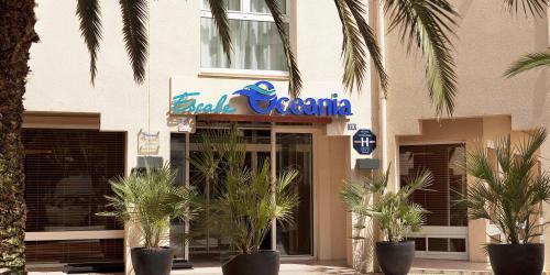 Hotel-3-etoiles-biarritz-escale-oceania-entree-jour.jpg