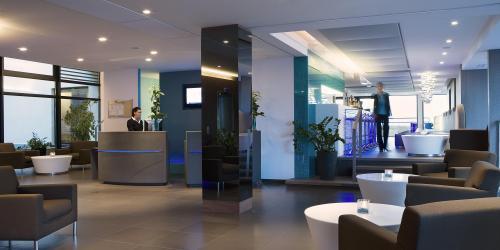 Lobby - Hôtel Oceania Saint-Malo 4 étoiles.jpg